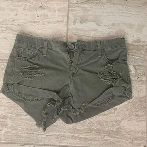 Pistola shorts